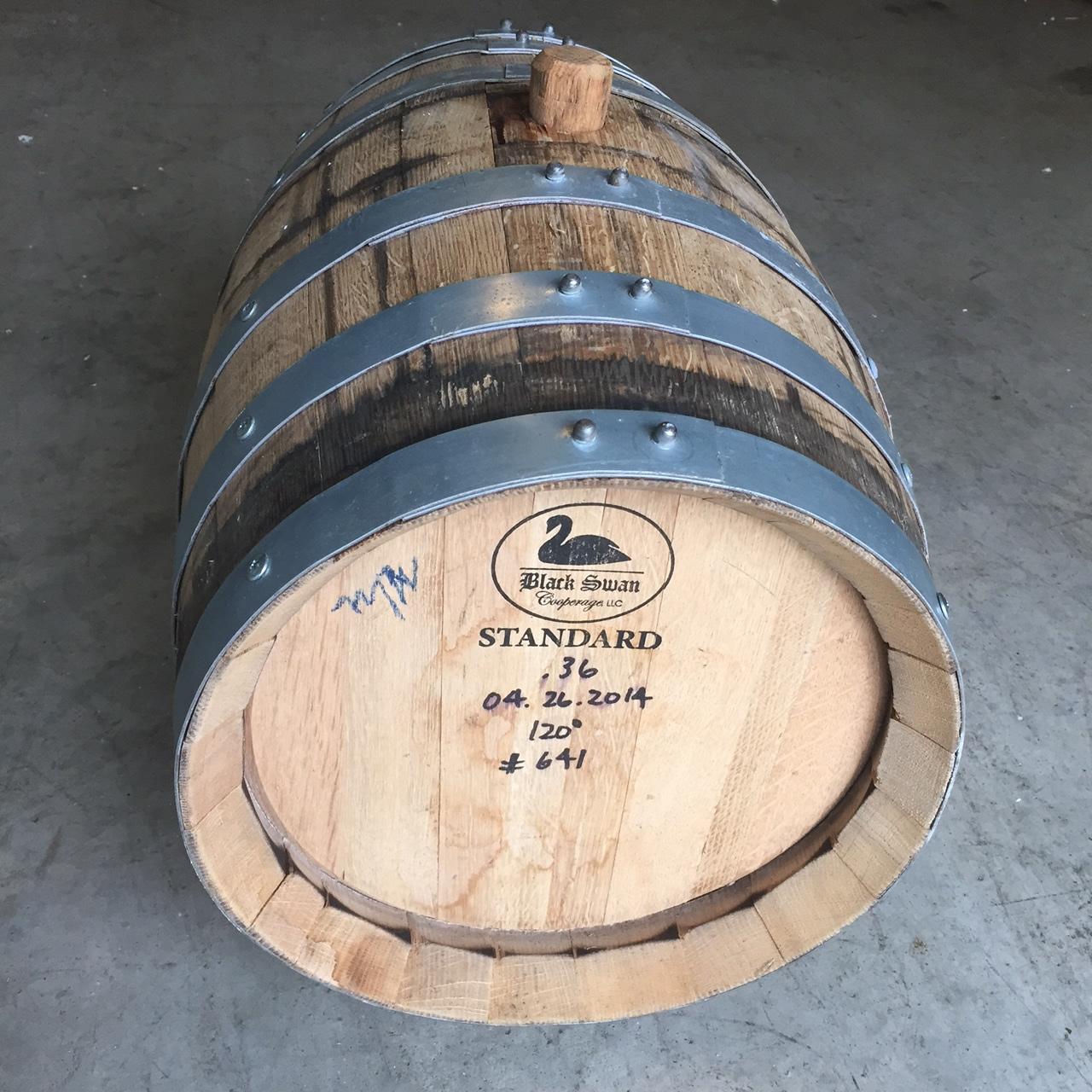 10 Gallon Refillable Bourbon Whiskey Barrel