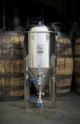 Ss Brewtech 14 Gallon Chronical Conical Fermenter